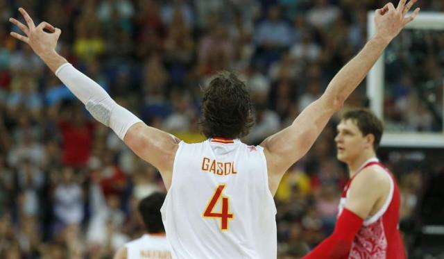 Pau Gasol ante Rusia  Pau Gasol celebra un triple en el España - Rusia de los Juegos de Londres. (EFE)