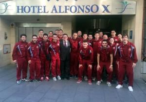 El Palma Futsal a las puertas del hotel en Ciudad Real