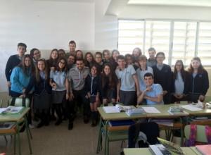 Tomaz y Paradynski con los niños del colegio Santa Magdalena Sofía de Palma