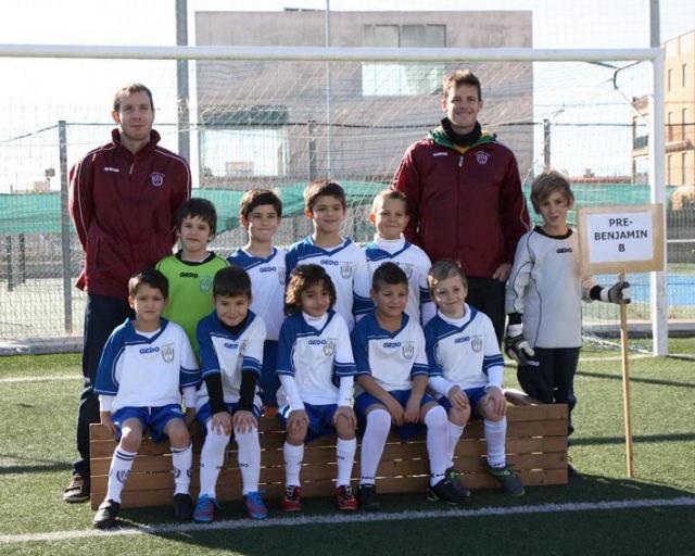 Prebenjamines de primer año del Recreativo Patronato Atlético ).