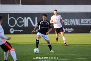 Desastrosa actuación del conjunto blanquiazul, que pierde en Valencia por cinco goles a cero. Adios liguilla de ascenso, y a ser uno de los comparsas en la segunda división B. Foto