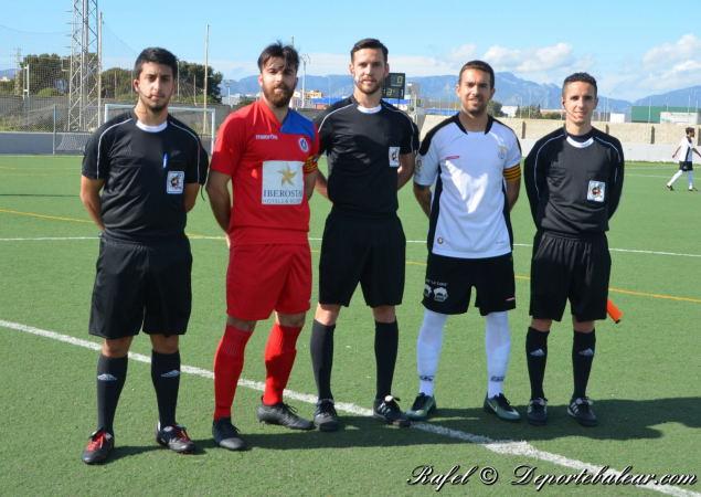 Arbitros y capitanes del encuentro entre el Rotlet Molinar y el Alcudia