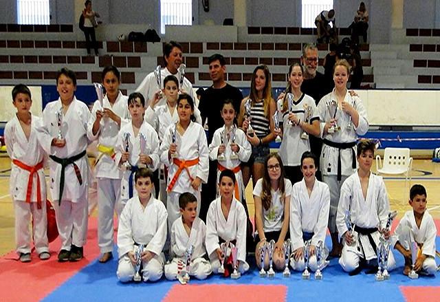 Físics-final-escolar-de-Menorca-de-karate