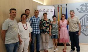 Susanna Moll, amb representants dels clubs esportius