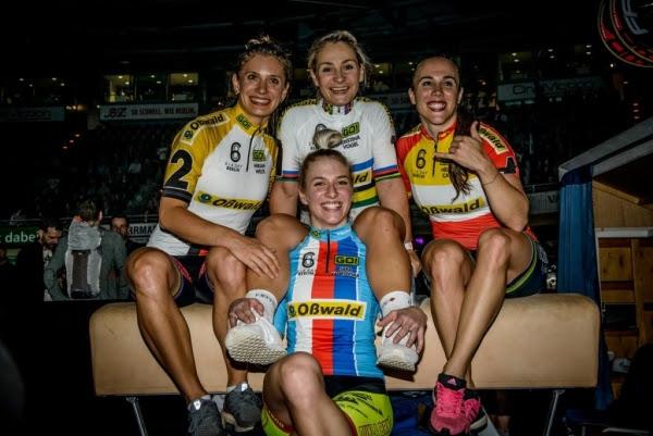 Kristina Vogel (en el centro superior), primer puesto en la categoría femenina.