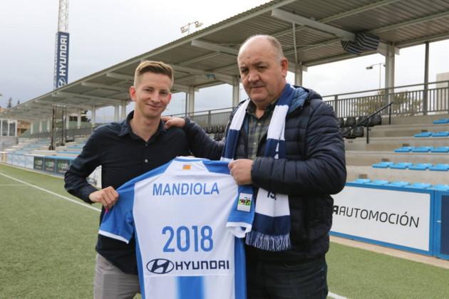 Javier 'Manix' Mandiola - (2)