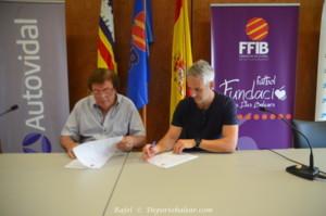 FIRMA CONVENIO BUCODENTAL ENTRE FFIB Y GLOBALDENT