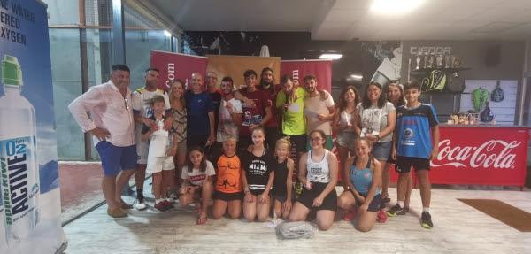 Participantes del torneo, amigos y colaboradores