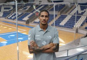Rodrigo Pernambuco R