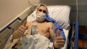 Mati Rosa tras ser intervenido en el Hospital Finochietto de Buenos Aires (2)