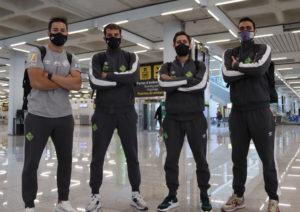 Marlon, Fabio, Rafa López y Tomaz posan en el aeropuerto de Son Moix antes de arrancar el viaje hacia Ferrol (1)